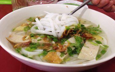 Hương vị bánh canh chả cá Phan Rang hấp dẫn, gọi mời du khách
