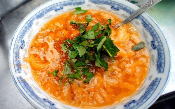 """Review quán bánh canh Nam Phổ ngon """"lịm tim"""" ở xứ Huế"""