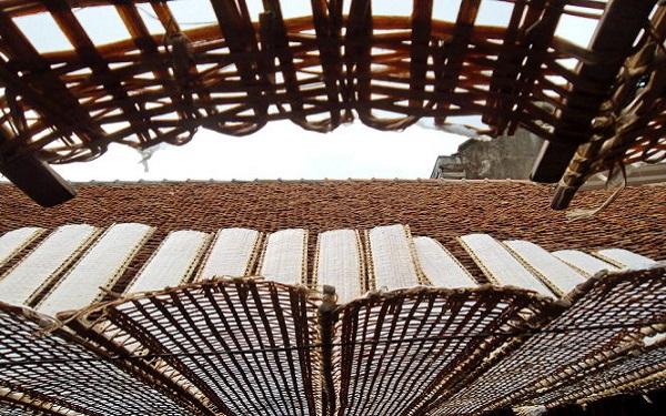 Về Bắc Giang ăn bánh đa Thổ Hà ngắm nhà cổ