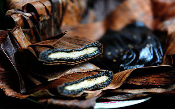 Dừng chân tại Tuyên Quang thưởng thức món bánh gai Chiêm Hóa