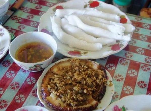 """Bánh gật gù đặc sản """"bình dân"""" vùng biển Quảng Ninh"""