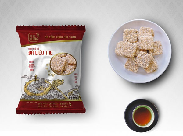 Đặc sản bánh khô mè Bà Liễu được đóng gói đẹp mắt