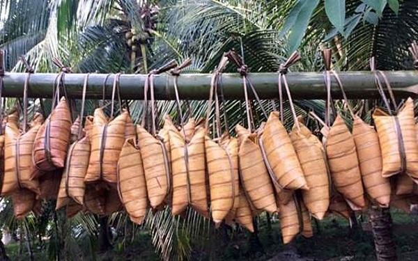 Bánh lá dừa Bến Tre: Món ngon bổ rẻ từ miền đất phương Nam