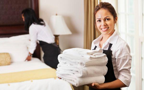 Bộ phận buồng phònglà gì? Những yêu cầu cần có ở Housekeeping
