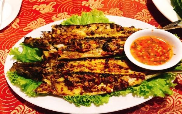 Thưởng thức món cá chuồn nướng ngon nức tiếng ẩm thực Quảng Nam