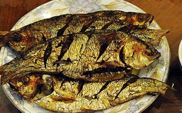 Mùa xuân về Hưng Yên thưởng thức đặc sản cá Mòi
