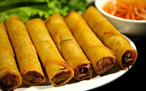 Chả ram bắp là một trong những món ăn vặt hút hồn thực khách