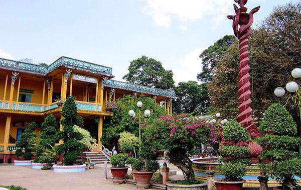 Ngôi chùa được trùng tu lại hai lần