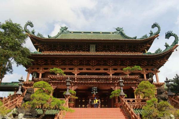 Chánh điện của chùa Minh Thành