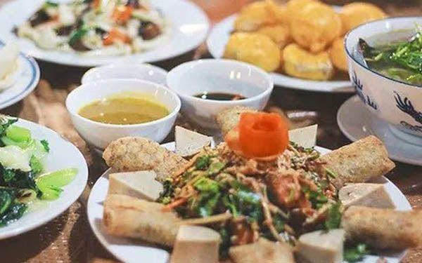 Thưởng thức cơm chay Huế ngon trọn vị với 5 quán nổi tiếng ở Cố đô