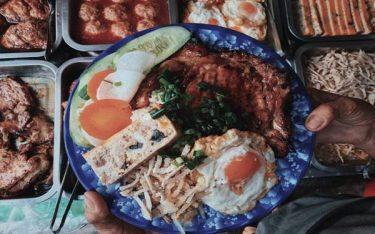 """Cơm tấm Sài Gòn – Món ăn """"nổi danh thiên hạ"""" vì lý do gì?"""