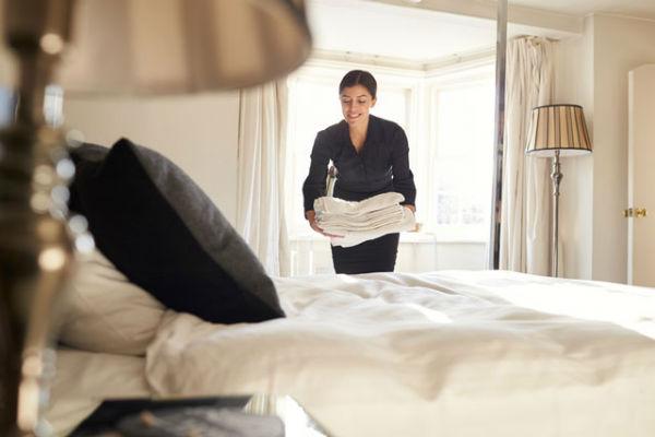 Nhân viên buồng phòng là một vị trí đảm nhận khá nhiều công việc