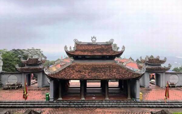 Tham quan đền Cao An Phụ vãn cảnh chốn linh thiêng ở Hải Dương