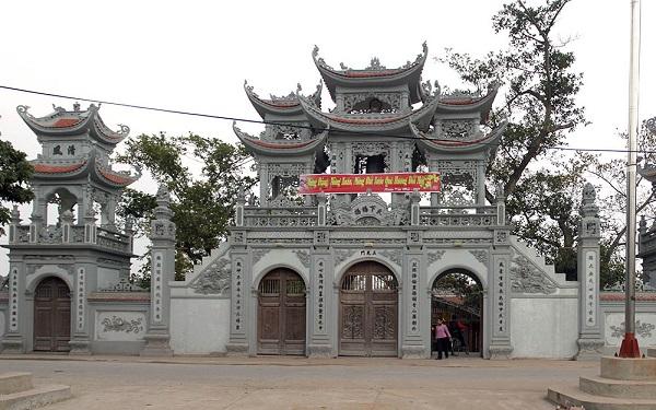Hành hương về đền Tiên La tịnh tâm lắng nghe huyền tính xưa