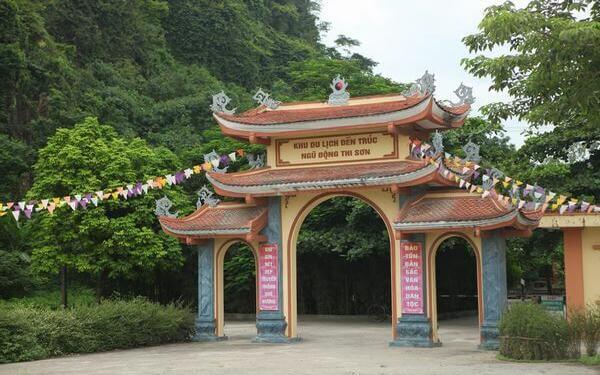 Hành hương về đền Trúc Hà Nam tìm về kí ức lịch sử hào hùng