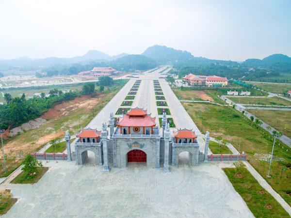 Thiên nhiên xung quanh Đền Hùng