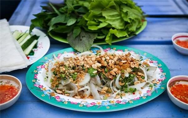 Gỏi cá Phan Thiết thơm ngon nức mũi gọi mời lữ khách phương xa