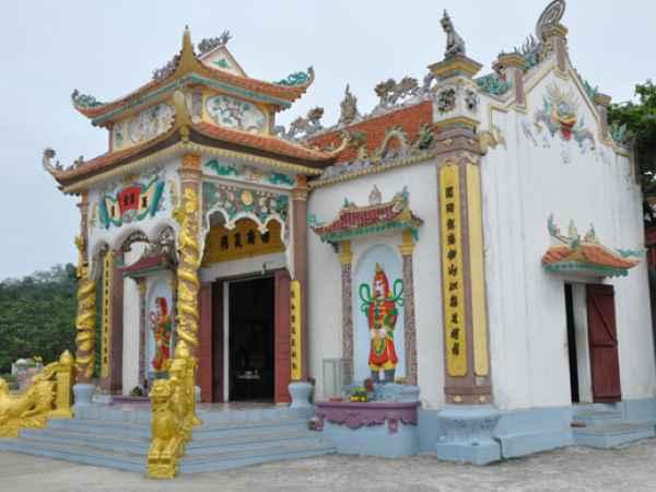 Đền thờ Nam Hải Vương linh thiêng