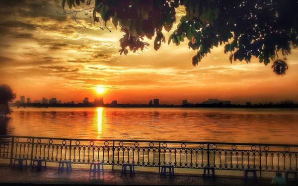 Nét đẹp thơ mộng của Hồ Tây