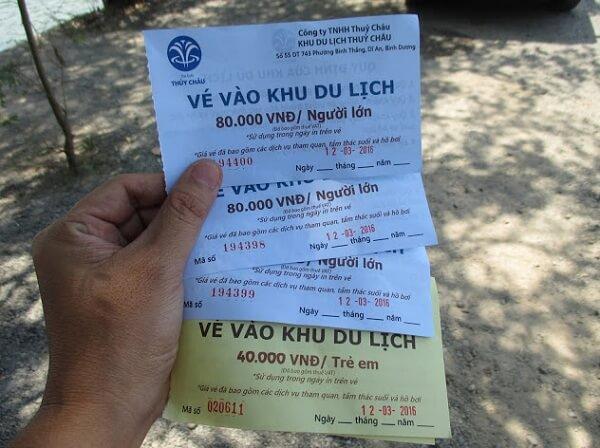 Giá vé vào khu du lịch khá hợp lý cho mọi du khách
