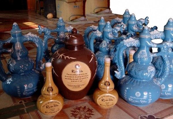 Với lịch sử 400 năm làng rượu làng Vân đã trở nên là hình ảnh quá quen thuộc