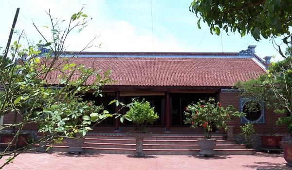 Nhà cổ Bách Thuận