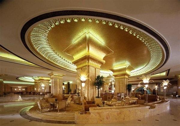 Mặt tiền khách sạn đẹp và đầy nổi bật