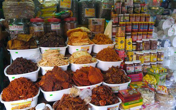 Mực rim me Đà Nẵng mua ở đâu ngon chẳng còn là câu hỏi khó khi đến chợ Cồn