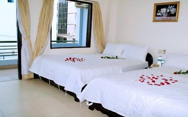 Phòng ngủ gia đình của khách sạn Thiên Mã thoáng mát
