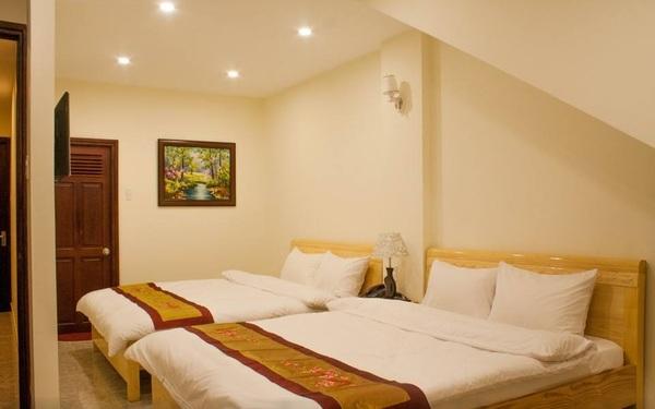 Khách sạn Ngọc Lợi có hệ thống phòng được thiết kế tao nhã, sạch đẹp