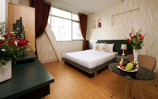 Cách bày trí nội thất khách sạn 2 sao Saigon Charm đẹp mắt