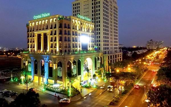Khách sạn Crystal Palace tọa lạc trung tâm khu đô thị Phú Mỹ Hưng