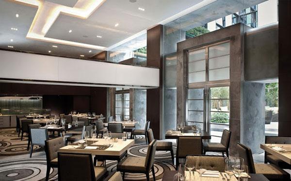 Không gian ẩm thực khách sạn thiết kế tao nhã, mang lại nét gần gũi, thân thiện cho du khách khi tới đây.