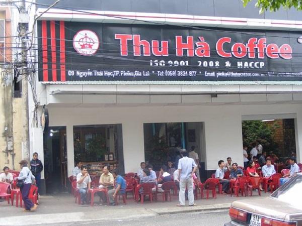 Cà phê Thu Hà nằm trên đường Nguyễn Thái Học