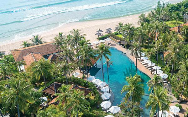 Anantara Mui Ne Resort được xây dựng sát biển