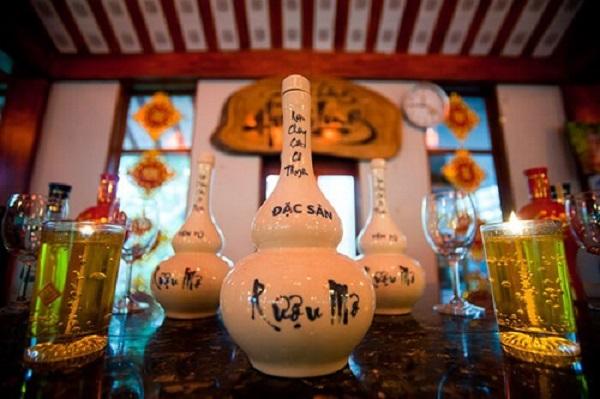 Rượu mơ Yên Tử thức uống tuyệt vời cho phái mạnh