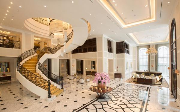 Phong cách tân cổ điển của sảnh khách sạn Mai House
