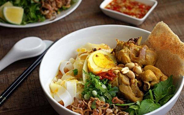 Mỳ Quảng nổi tiếng nhất định nên thử