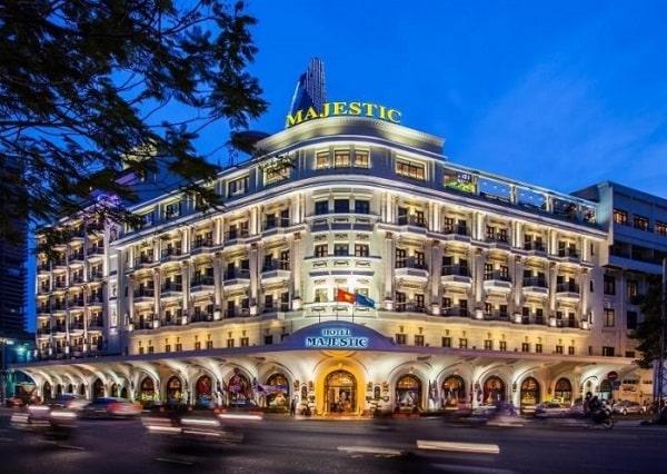 Chia sẻ kinh nghiệm thiết kế khách sạn 5 sao hot nhất hiện nay