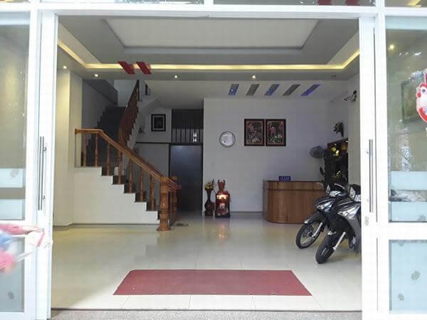 Thiết kế nhà nghỉ phong cách bình dân, lối vào dễ dàng