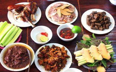 Điều gì tạo nên sự khác biệt của món đặc sản thịt chó Việt Trì?