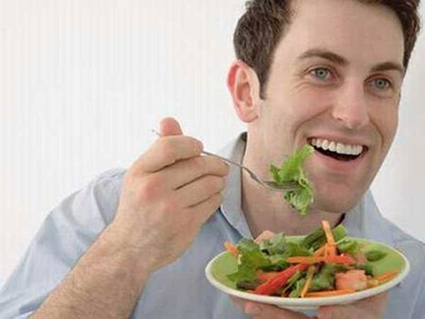 Ăn nhiều rau xanh giúp mùi vị tinh trùng dễ chịu hơn