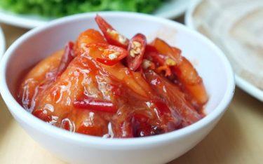 Tôm chua Huế – Thức chấm tuyệt hảo danh bất hư truyền ở cố Đô