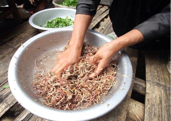 Hương vị độc đáo của món vịt om hoa chuối