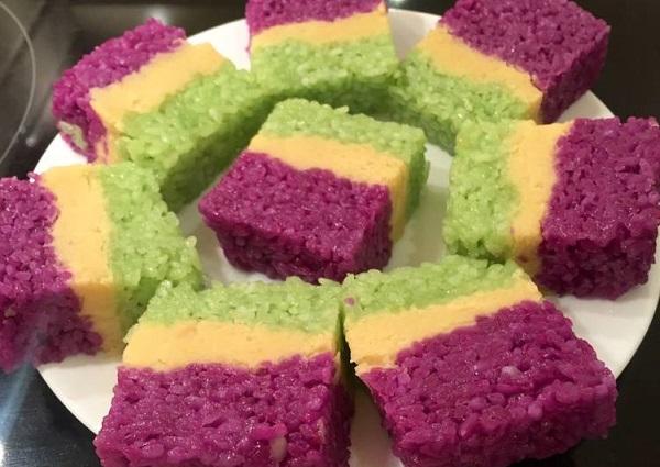 Độc đáo xôi ba màu- món ăn truyền thống của người Nùng tỉnh Bắc Giang