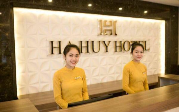 Khám phá những yêu cầu lễ tân khách sạnkhông thể thiếu