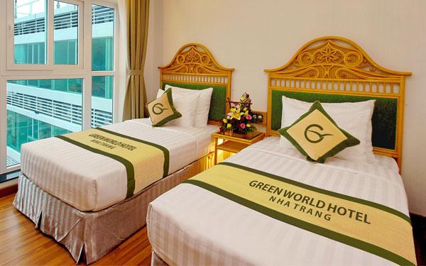 Mảnh vải ngang giường được xem là nơi để khách hàng đặt chân thoải mái