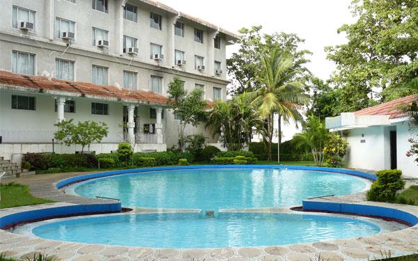 Khách sạn 3 sao có quy mô lớn và ấn tượng