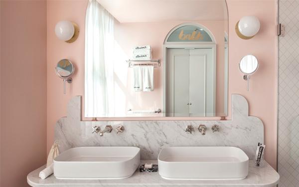 Phòng vệ sinh đầy đủ trang thiết bị hiện đại