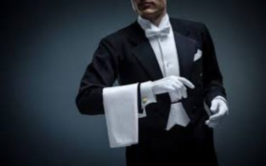 Butler là gì? Khám phá nhiệm vụ của butler trong khách sạn